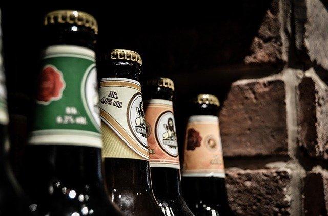 pivní láhve