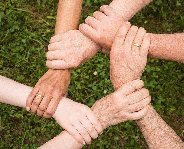 projev soudržnosti