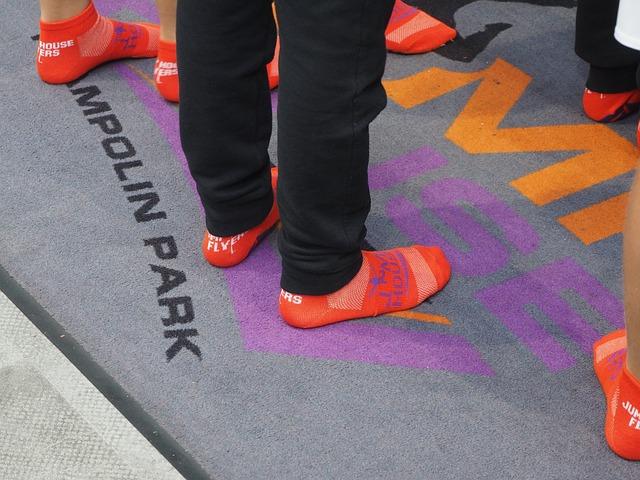 nohy v ponožkách.jpg