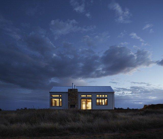 světlo v domě.jpg