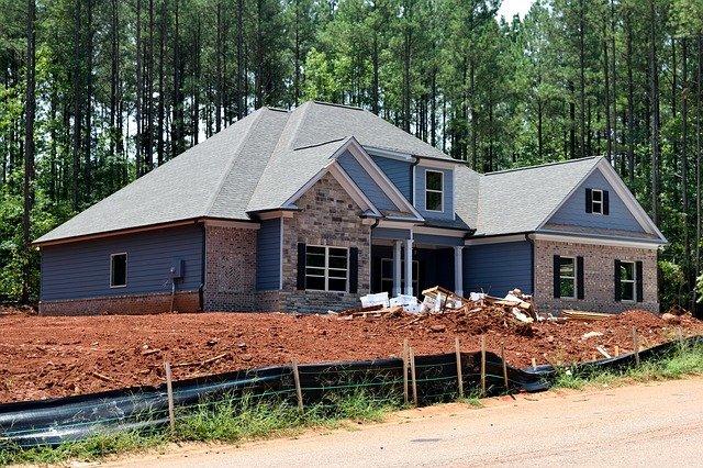 čerstvě postavený dům